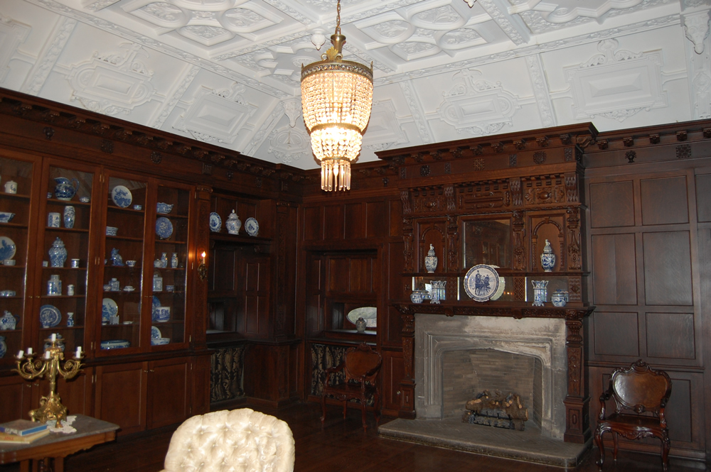 Ballroom of the Montgomery home in Kenwood, Chicago.