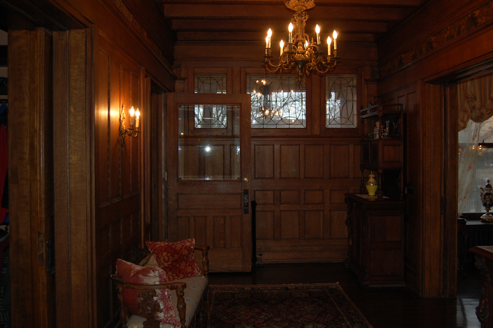 Entrance Hall of the Montgomery home in Kenwood, Chicago.
