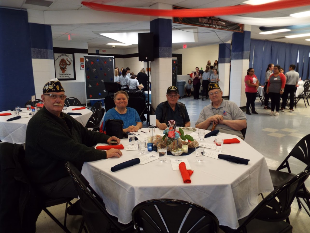 Veterans sitting at Mundelein Police Veterans Dinner.