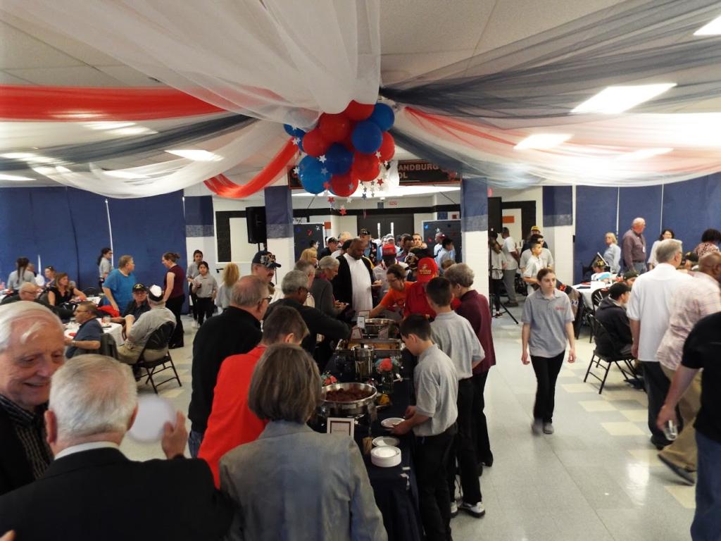 Line for dinner at Mundelein Police Veterans Dinner.