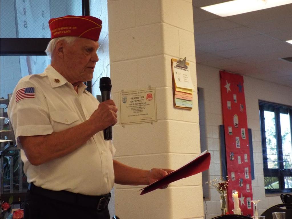 Speaker and Mundelein Police Veterans Dinner.